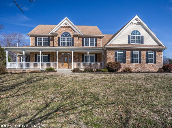 5 bed 4 bath Single Family at 20545 Golden Thompson Rd Avenue, MD, 20609 is for sale at 640k - 1 of 27
