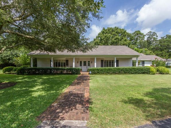 3 bed 4 bath Single Family at 1626 Oleander Dr Dickinson, TX, 77539 is for sale at 370k - 1 of 29