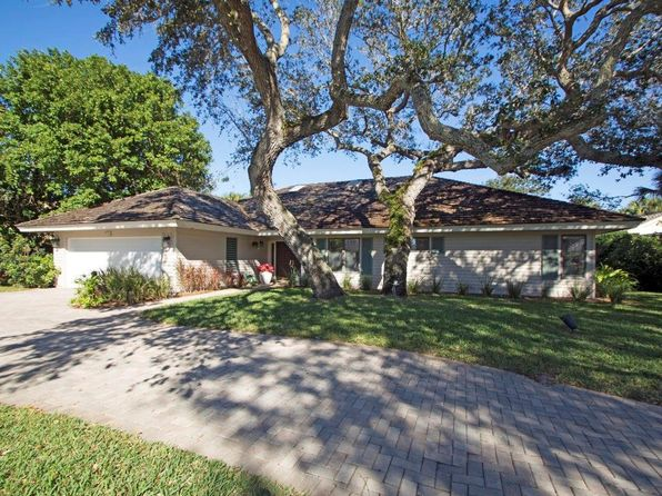 3 bed 4 bath Single Family at 1700 Sand Dollar Way Vero Beach, FL, 32963 is for sale at 700k - 1 of 36