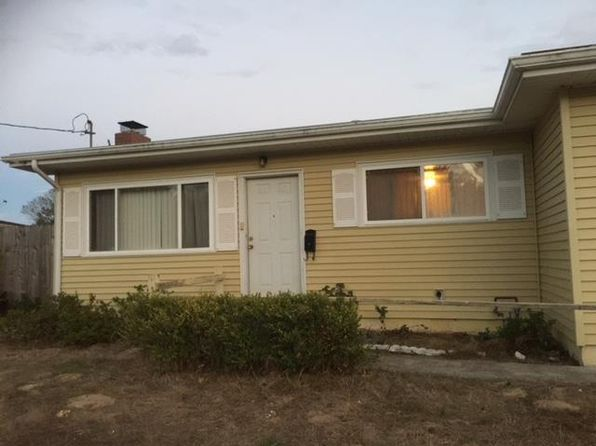 3 bed 2 bath Single Family at 3108 Pleasant Cir Marina, CA, 93933 is for sale at 445k - 1 of 9