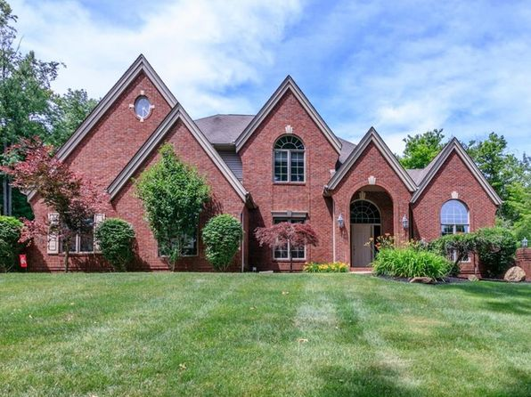 4 bed 3.5 bath Single Family at 12860 Walden Oaks Dr Chardon, OH, 44024 is for sale at 650k - 1 of 33