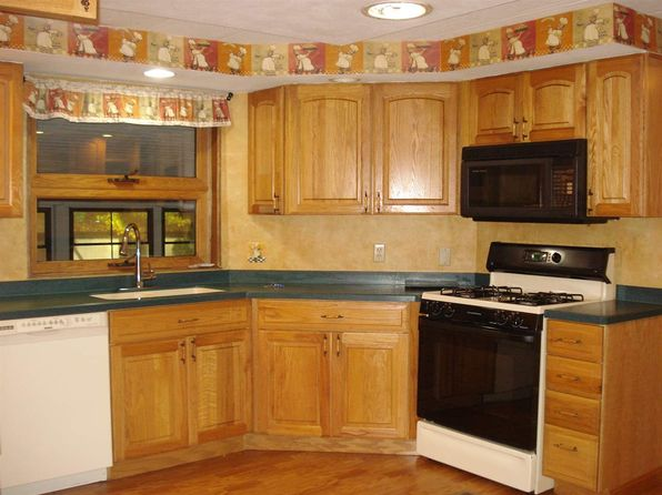 3 bed 2 bath Mobile / Manufactured at 18 Wheel Way Danville, NH, 03819 is for sale at 90k - 1 of 15