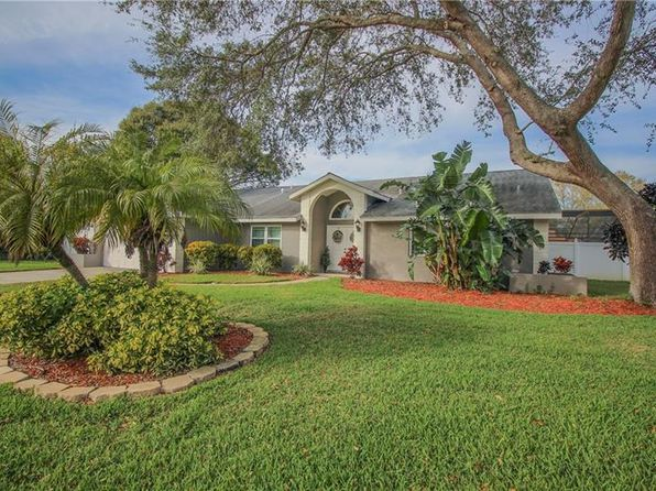 3 bed 2 bath Single Family at 1680 Chaplene Ct Dunedin, FL, 34698 is for sale at 350k - 1 of 25