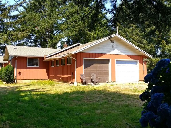 2 bed 2 bath Single Family at 17495 Longacre Lp Brookings, OR, 97415 is for sale at 420k - 1 of 32