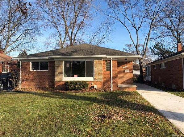 3 bed 2 bath Single Family at 24070 Morton St Oak Park, MI, 48237 is for sale at 130k - 1 of 18