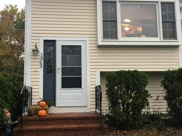 2 bed 2 bath Condo at 1363 Plymouth St East Bridgewater, MA, 02333 is for sale at 209k - 1 of 12