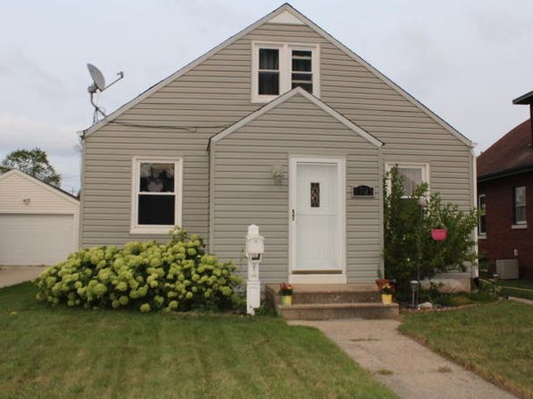 3 bed 1 bath Single Family at 3705 10th Ave Kenosha, WI, 53140 is for sale at 125k - 1 of 17