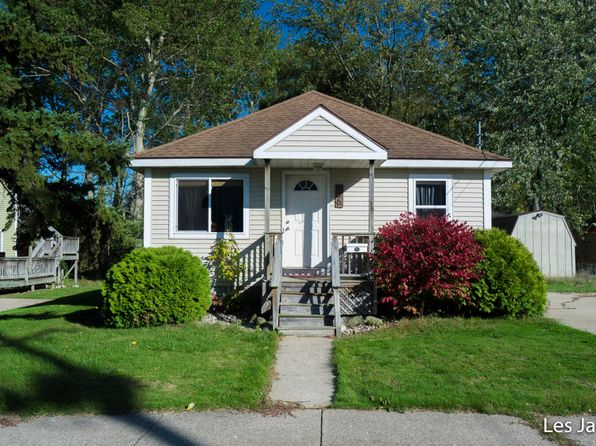 3 bed 1 bath Single Family at 36 Prospect St Sparta, MI, 49345 is for sale at 120k - 1 of 26