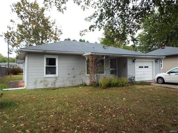 2 bed 1 bath Single Family at 19 Parkway Dr Swansea, IL, 62226 is for sale at 68k - 1 of 18