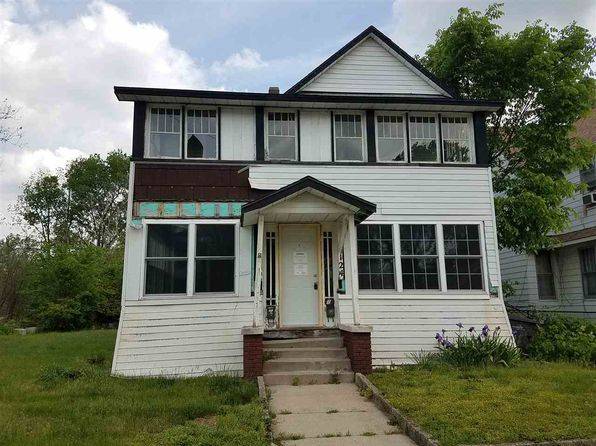 4 bed 2 bath Single Family at 124 W Crawford St Elkhart, IN, 46514 is for sale at 30k - 1 of 29