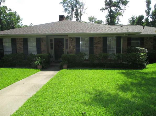 3 bed 3 bath Single Family at 1103 Westwood Dr Henderson, TX, 75654 is for sale at 198k - 1 of 24