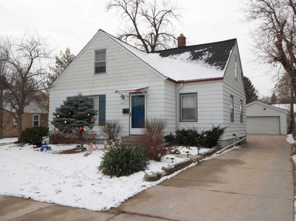 3 bed 2 bath Multi Family at 3871 S 56th St Greenfield, WI, 53220 is for sale at 148k - 1 of 22