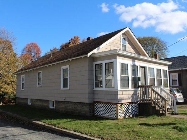 2 bed 1 bath Single Family at 137 N MAIN ST LEOMINSTER, MA, 01453 is for sale at 189k - 1 of 13