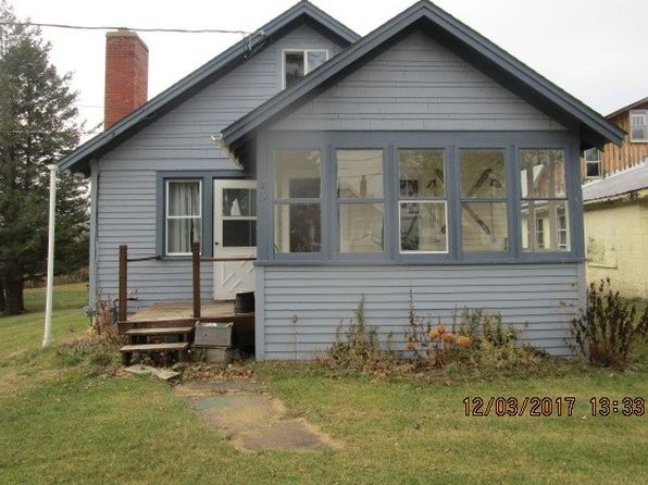 4 bed 1 bath Single Family at 49 Clark Dannemora, NY, 12929 is for sale at 40k - 1 of 6