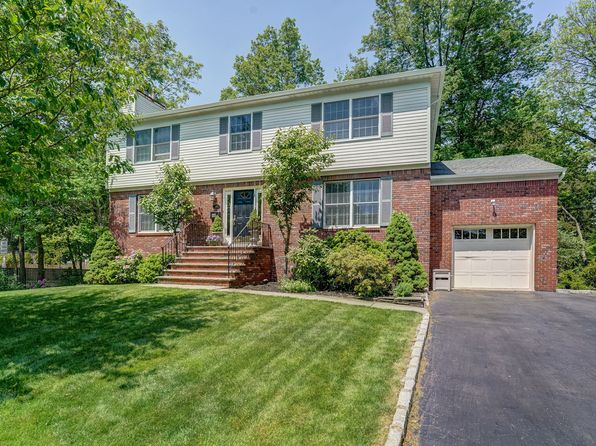 4 bed 3 bath Single Family at 19 Van Doren Ave Chatham, NJ, 07928 is for sale at 1.08m - 1 of 22