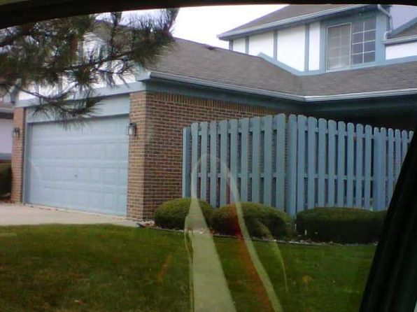 2 bed 2 bath Condo at 15585 HUNTCLIFF DR MACOMB, MI, 48044 is for sale at 195k - 1 of 28