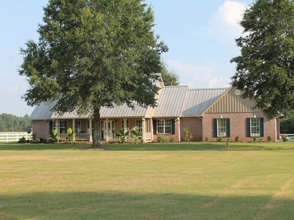 3 bed 3 bath Single Family at 6422 Highway 35 S Batesville, MS, 38606 is for sale at 435k - 1 of 40