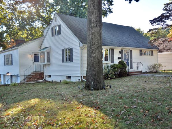 4 bed 1 bath Single Family at 360 Cornell St Wyckoff, NJ, 07481 is for sale at 399k - 1 of 19