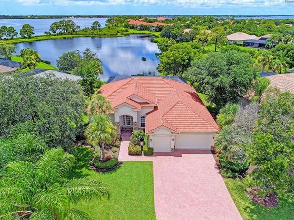 3 bed 3 bath Single Family at 14132 Myakka Pointe Dr Port Charlotte, FL, 33953 is for sale at 579k - 1 of 25