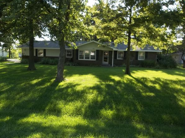 3 bed 3 bath Single Family at 611 S Sunset Ave Chanute, KS, 66720 is for sale at 135k - 1 of 28