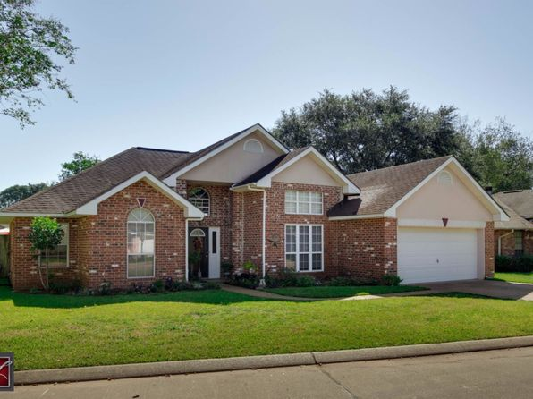 3 bed 2 bath Single Family at 6033 Cambridge Dr Alexandria, LA, 71303 is for sale at 212k - 1 of 15
