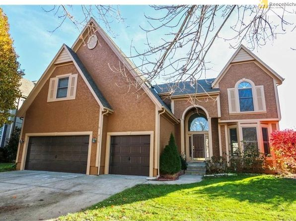 4 bed 4 bath Single Family at 8119 W 129th Ter Overland Park, KS, 66213 is for sale at 390k - 1 of 25