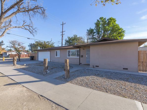 3 bed 1 bath Single Family at 501 W Devonshire Ave Hemet, CA, 92543 is for sale at 200k - 1 of 19