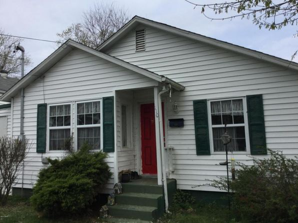 2 bed 1 bath Single Family at 110 Olive St Anna, IL, 62906 is for sale at 20k - 1 of 14