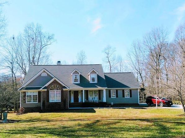 4 bed 4 bath Single Family at 1152 Whistling Swan Dr Forest, VA, 24551 is for sale at 325k - 1 of 4