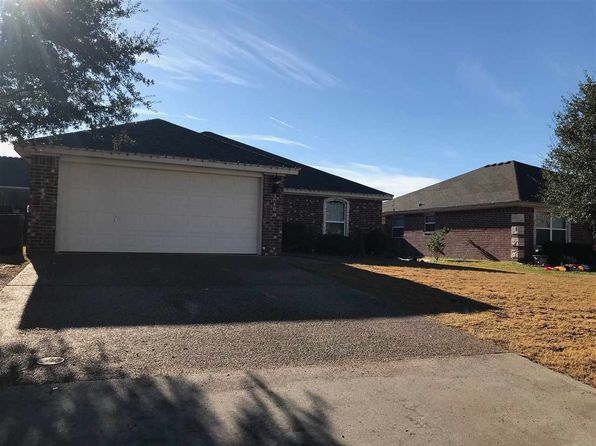3 bed 2 bath Single Family at 3040 Andalusian Ln Robinson, TX, 76706 is for sale at 175k - 1 of 22