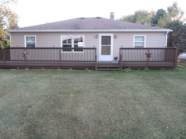 3 bed 1 bath Single Family at W3397 State Road 28 Sheboygan Falls, WI, 53085 is for sale at 238k - 1 of 20