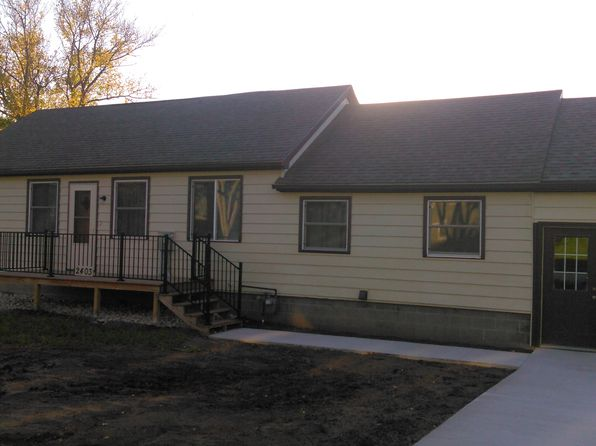 3 bed 3 bath Single Family at 2403 Lawler St Emmetsburg, IA, 50536 is for sale at 199k - 1 of 24