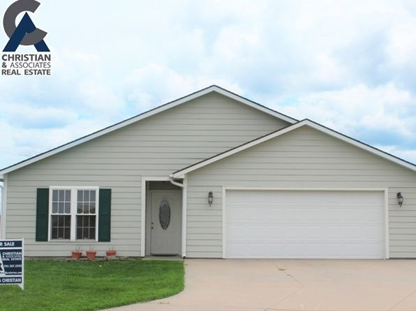 3 bed 2 bath Single Family at 105 Brookstone Cir Manhattan, KS, 66502 is for sale at 155k - 1 of 12