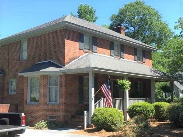 3 bed 2.5 bath Single Family at 102 Wood Creek Rd Darlington, SC, 29532 is for sale at 180k - 1 of 15