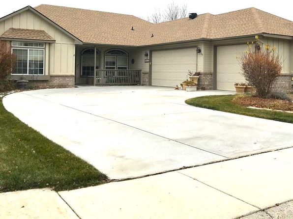 3 bed 2.5 bath Single Family at 10102 W Lariat Dr Boise, ID, 83714 is for sale at 320k - 1 of 24