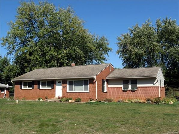 3 bed 2 bath Single Family at 61340 Fairland Dr South Lyon, MI, 48178 is for sale at 215k - 1 of 34