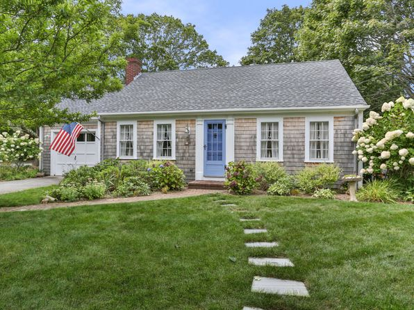 3 bed 2 bath Single Family at 33 Robinson Rd Falmouth, MA, 02540 is for sale at 749k - 1 of 27