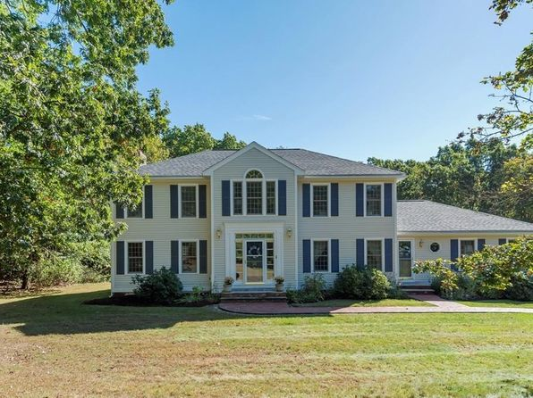 4 bed 3 bath Single Family at 20 Stage Coach Rd North Andover, MA, 01845 is for sale at 650k - 1 of 30