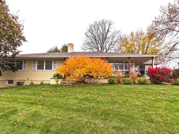 3 bed 2 bath Single Family at 1212 S Oak St Lake City, MN, 55041 is for sale at 200k - 1 of 50