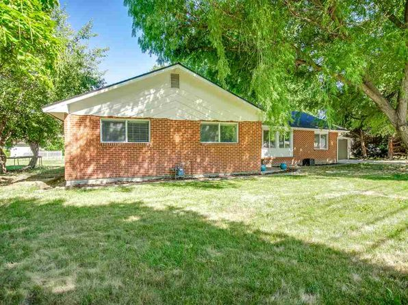 4 bed 2 bath Single Family at 368 N Eagle Rd Eagle, ID, 83616 is for sale at 325k - 1 of 21