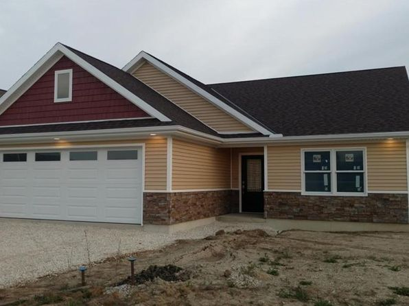 3 bed 2 bath Single Family at 421 Flora Ln Coldwater, OH, 45828 is for sale at 200k - 1 of 37