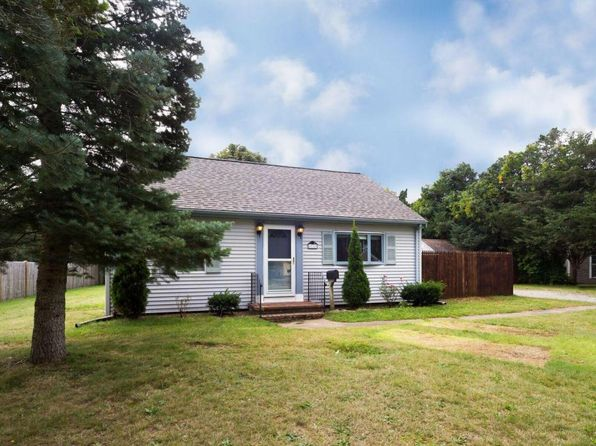 3 bed 1 bath Single Family at 33 Terrence Ave East Falmouth, MA, 02536 is for sale at 315k - 1 of 25