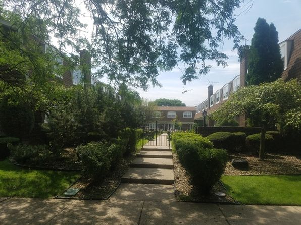 4 bed 3 bath Condo at 6966 N Hamilton Ave Chicago, IL, 60645 is for sale at 280k - google static map