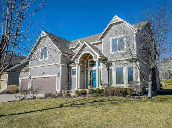 4 bed 5 bath Single Family at 4522 Grove St Shawnee, KS, 66226 is for sale at 389k - 1 of 25