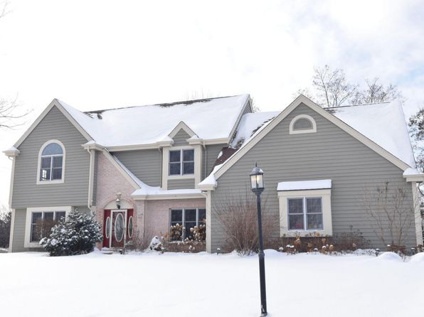 3 bed 3 bath Single Family at 11149 N LINCOLNSHIRE DR MEQUON, WI, 53097 is for sale at 430k - 1 of 25