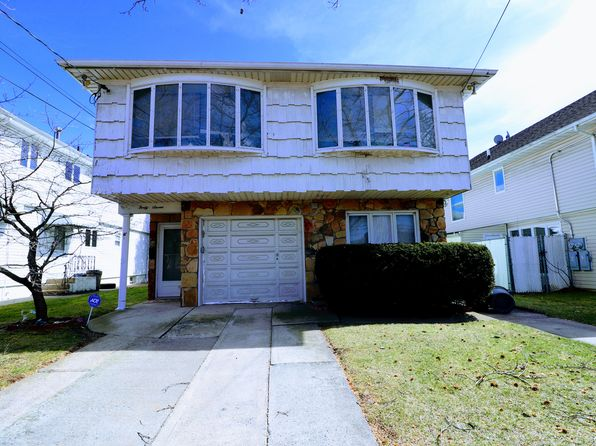 5 bed 2 bath Single Family at 47 SHEPARD AVE STATEN ISLAND, NY, 10314 is for sale at 679k - google static map