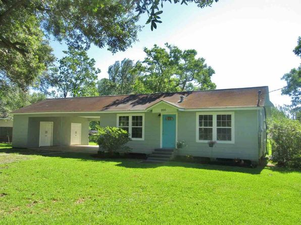 2 bed 1 bath Single Family at 1595 Wescalder Rd. Mineral Exclusions Are Reserved Beaumont, TX, 77707 is for sale at 125k - 1 of 15