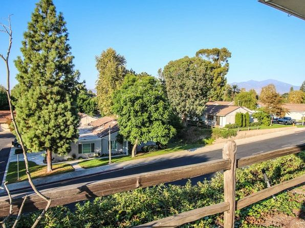 2 bed 2 bath Condo at 3200 Via Buena Vis Laguna Woods, CA, 92637 is for sale at 528k - 1 of 24