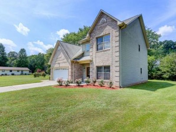 4 bed 3 bath Single Family at 925 Melton Hill Cir Clinton, TN, 37716 is for sale at 210k - 1 of 15
