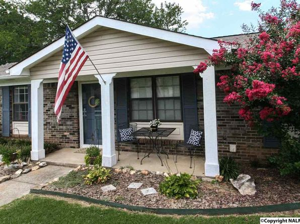 3 bed 2 bath Single Family at 2513 Pioneer Rd SW Huntsville, AL, 35803 is for sale at 113k - 1 of 50